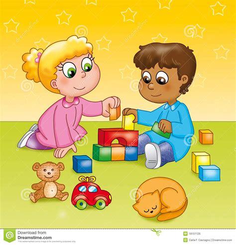 kinder die  einem kindergarten spielen lizenzfreies