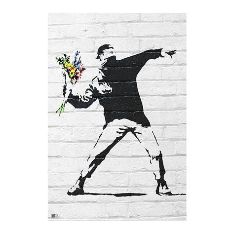 banksy bilder kaufen banksy poster throwing flowers poster gro 223 format jetzt im shop bestellen up gmbh