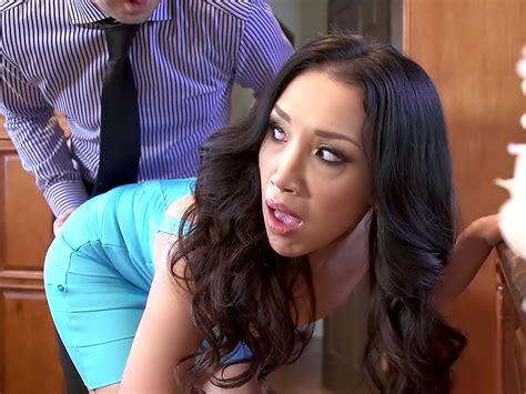 The Perfect Hostess Tubedupe