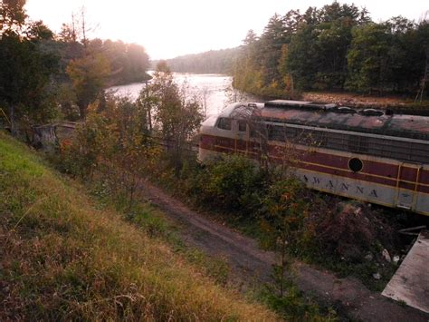 cuomo seeks  derail adk rail car storage plan news