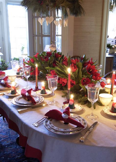 Splendid Christmas Table Decorations Showing Impressive. Granite Countertop Kitchen Island. What Color To Paint My Kitchen. Ultimate Kitchen Floor Plans. Kitchen Backsplash Medallions. Temporary Kitchen Flooring. Hardwood Kitchen Floor. How To Tile Kitchen Backsplash. Best Way To Clean Tile Floors In Kitchen