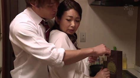 Download Lagu Film Bokep Jepang Dengan Ibu Tiri Sendiri