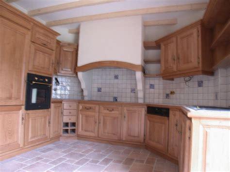 cuisine romaine traditionnelle réalisation sur mesure de cuisines ou meubles de cuisine