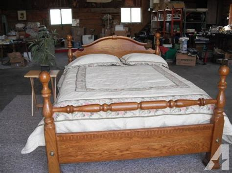 oak  poster cannoball queen bed  full size bed