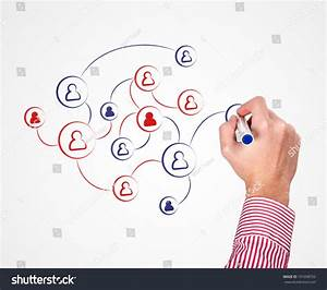 Drawing Social Media Icon  Circle  Connection Diagram To Whiteboard Stock Photo 101698762
