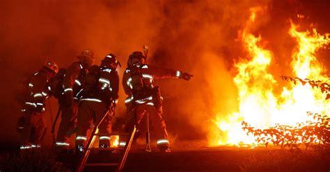 awe inspiring fire photography showcase powerful flames
