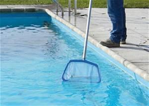 nettoyer sa piscine hors sol guide pas a pas With comment nettoyer le fond de sa piscine