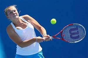 WTA - 16 year old Katerina Siniakova reaches quarter ...