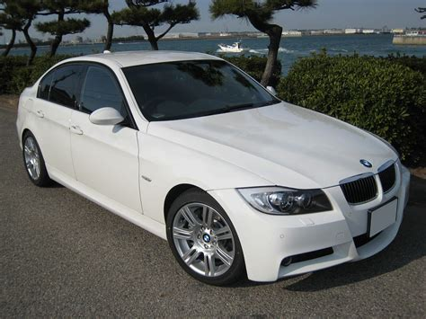Bmw 320i 2011 Review, Amazing Pictures And Images Look