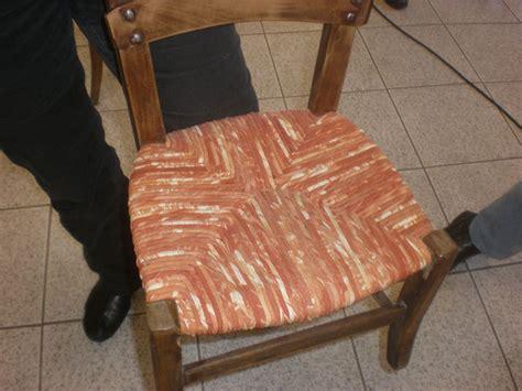 rempailler une chaise avec du tissu rempailler des chaises avec du tissu jopatch