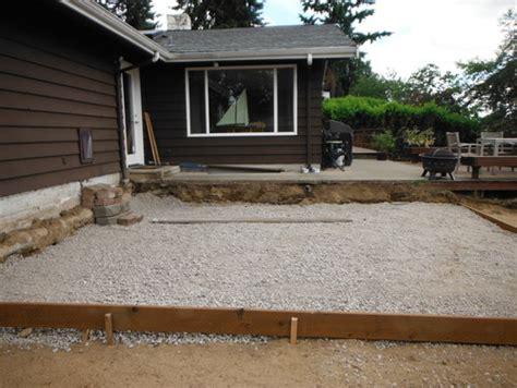 design transition  upper sidewalkdeck