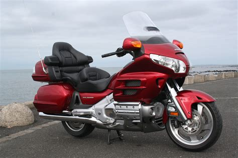 Review Honda Goldwing by 2008 Honda Gold Wing Road Test Review