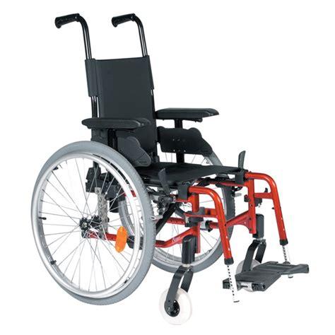 chaise roulante pliable fauteuil roulant manuel pharmacie de la mairie à cergy
