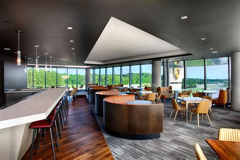 porsche opens  restaurant   atlanta pursuitist