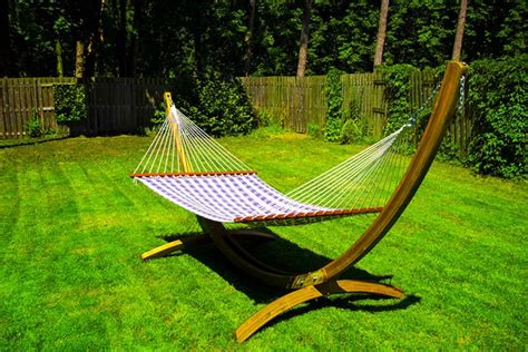 Hammock Cing Without Trees by How To Hang A Hammock Without Trees Local