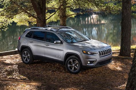 jeep cherokee towing capacity   jeep