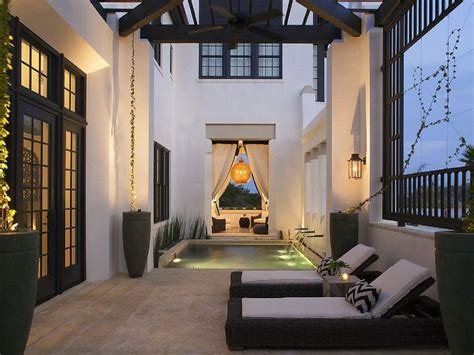 Vacation Home Decor: Best 25+ Florida Lanai Ideas On Pinterest