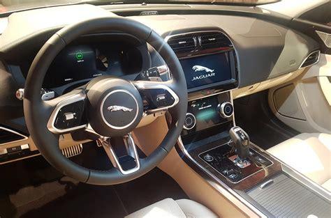 bolder  classier cabin  tech   jaguar xe
