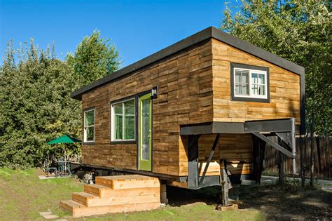 how to build a tiny house cheap how to build an inexpensive tiny house