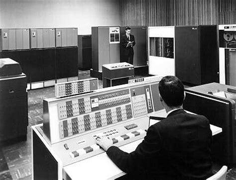 ibm  la primera computadora  canto abadiadigitalcom