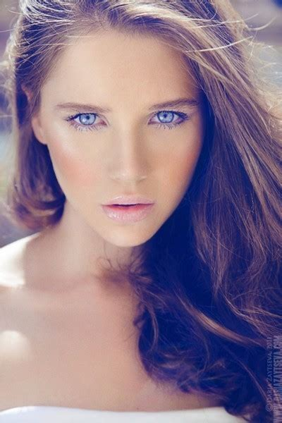 Haired Blue Eyed by Rp Voyage Dans Le Temps