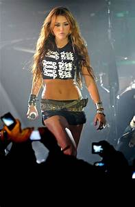 Miley Cyrus - The Most Outrageous Outfits of 2010 ...