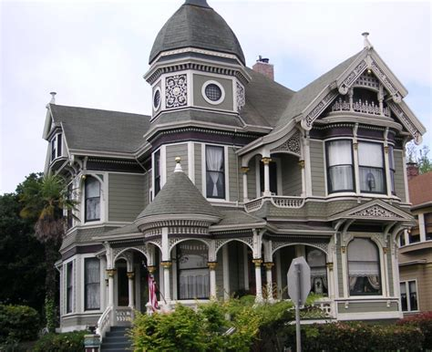 victorians in alameda queen anne style