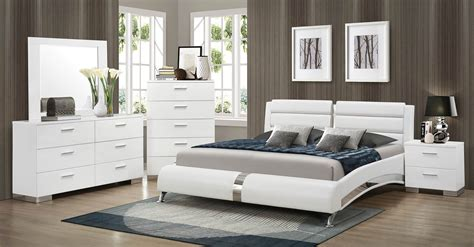 Coaster Felicity Platform Bedroom Set  White 300345bed