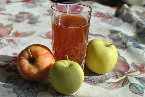 apple cider juice fresh squeezed western homemade warm press apples