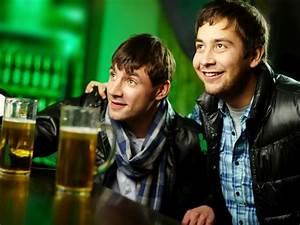 Men Often Happier With Their  U0026 39 Bromance U0026 39  Than Their Romance
