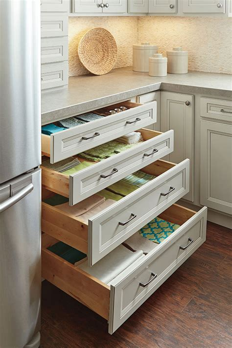 kitchen in homecrest four drawer base cabinet homecrest cabinetry