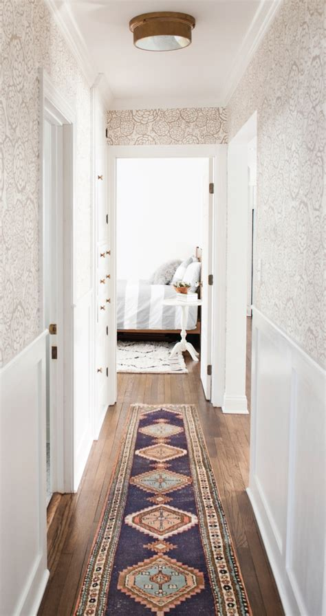 Decorating Ideas Narrow Hallway by 9 Narrow Hallway Design Ideas For Your Small Apartment