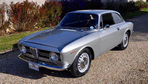 Alfa Romeo Sprint Veloce by Alfa Romeo Giulia Sprint Gt Veloce Classic Racing Annonces