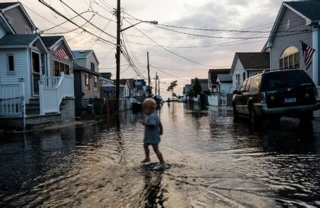 Disasters Batter Insurance Industry The York Times Insurers State Preparing For Climate Change Is Non Negotiable