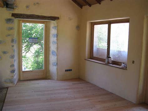 enduits chaux int 233 rieur sur mur anciens de finitions bois