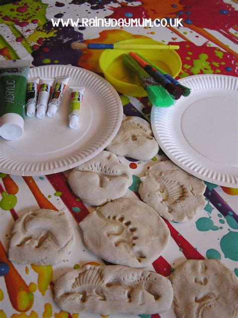 dinosaur projects for preschoolers the big list of dinosaur crafts and activities for 326