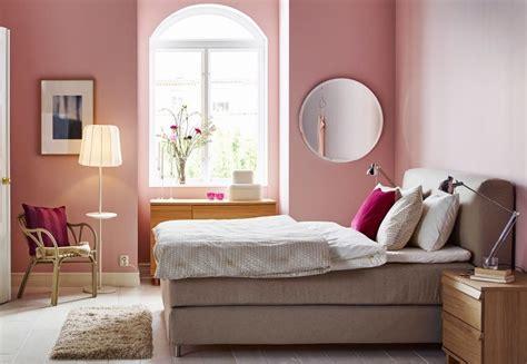 ikea miroir chambre 6 conseils pour une chambre plus spacieuse bnbstaging le