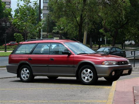 1999 Subaru Legacy Outback 2  Pictures, Information And