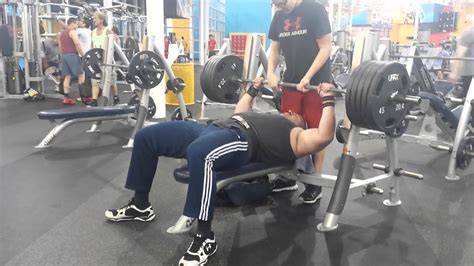 How Many Reps For Bench Press by 495 Lb Bench Press For Reps