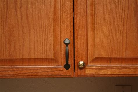 Cabinet Knobs For Oak Cabinets by Stylish Kitchen Cabinet Knobs With Backplate The Decoras