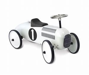 Retro Bebe Voiture : voiture retro porteur trotteur blanc pour enfants ~ Teatrodelosmanantiales.com Idées de Décoration