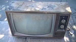 Philco Ford 1973 Color Television Overview