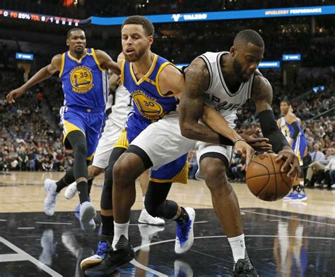 Simmons could be in line for $50 million deal
