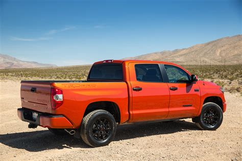 The Toyota Tundra Trd Pro Is An Offroad Inferno
