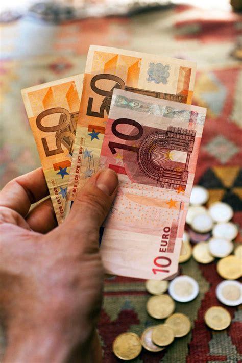 cash  currency tips  europe  rick steves