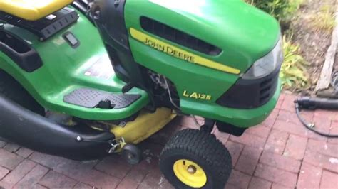 Deere L110 Mower Deck Adjustment by Adjusting The Deck Height On A Deere La125
