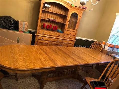 richardson brothers solid oak dining room table  hutch