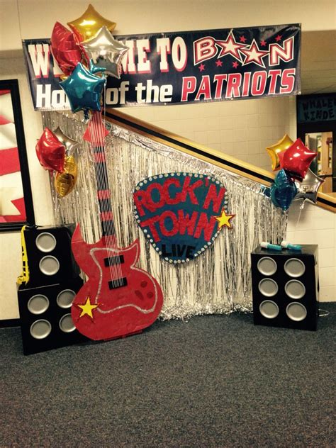 boon elementary rock n town live boosterthon decorations