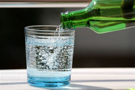 mineral water good   nutrition diva