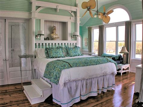 Aqua Colored Home Decor: Annie Laurie Cottage – St. Simons Island, Georgia